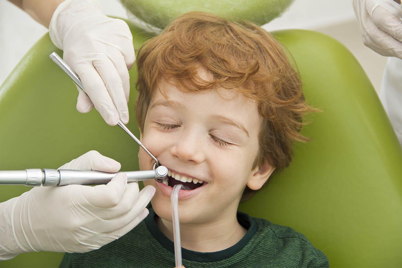 Studio Dentistico Maccario interviene sui denti dei bambini